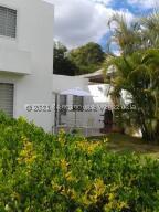 Townhouse En Ventaen Caracas, Bosques De La Lagunita, Venezuela, VE RAH: 22-6368
