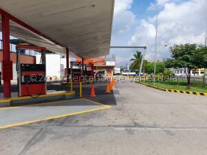 Local Comercial En Ventaen Maracay, Santa Rosa, Venezuela, VE RAH: 22-6404