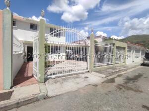 Casa En Ventaen La Victoria, Centro, Venezuela, VE RAH: 22-6382