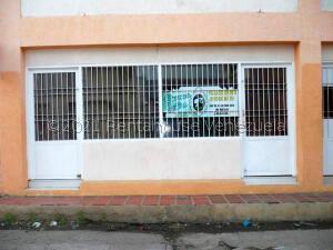 Local Comercial En Ventaen Coro, Centro, Venezuela, VE RAH: 22-6400