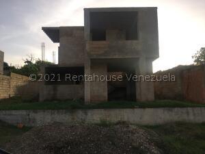 Casa En Ventaen Margarita, Sector Agua De Vaca, Venezuela, VE RAH: 22-6408