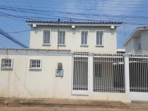Townhouse En Ventaen Coro, Centro, Venezuela, VE RAH: 22-6461