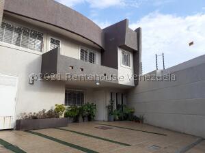 Townhouse En Ventaen Maracaibo, La Picola, Venezuela, VE RAH: 22-6479