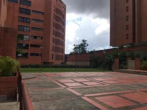 Apartamento En Ventaen Caracas, Colinas De Valle Arriba, Venezuela, VE RAH: 22-6497