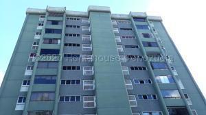 Apartamento En Alquileren Caracas, Los Naranjos Del Cafetal, Venezuela, VE RAH: 22-6522