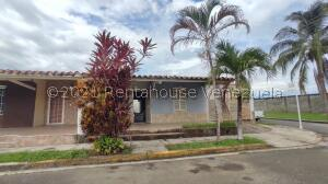Casa En Ventaen Araure, Llano Alto, Venezuela, VE RAH: 22-6526