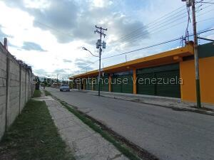 Galpon - Deposito En Ventaen Guacara, Yagua, Venezuela, VE RAH: 22-7272