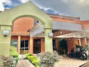 Townhouse En Ventaen Municipio Naguanagua, Manongo, Venezuela, VE RAH: 22-6668