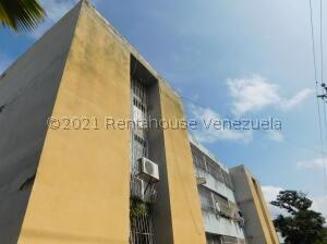 Apartamento En Ventaen Cabudare, La Mora, Venezuela, VE RAH: 22-6524
