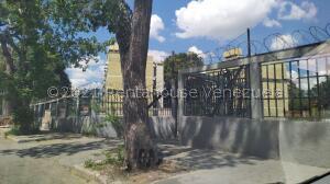 Apartamento En Ventaen Caracas, Coche, Venezuela, VE RAH: 22-7254