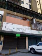 Local Comercial En Ventaen Los Teques, El Encanto, Venezuela, VE RAH: 22-6632