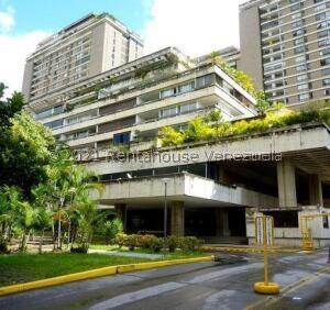 Oficina En Ventaen Caracas, Prados Del Este, Venezuela, VE RAH: 22-6658