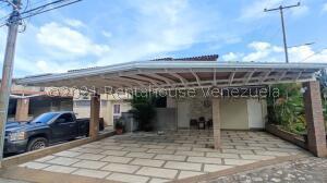 Casa En Ventaen Araure, Villa Colonial, Venezuela, VE RAH: 22-6648