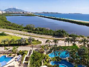 Apartamento En Ventaen Margarita, El Morro, Venezuela, VE RAH: 22-6656