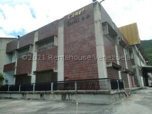Edificio En Ventaen Guarenas, Guarenas, Venezuela, VE RAH: 22-6661