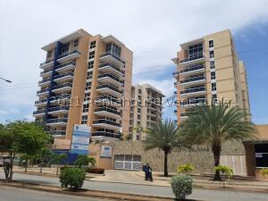 Apartamento En Ventaen Margarita, Costa Azul, Venezuela, VE RAH: 22-6679