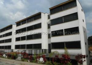 Apartamento En Ventaen Los Teques, El Solar De La Quinta, Venezuela, VE RAH: 22-6721