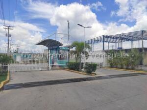 Casa En Ventaen Cagua, La Ciudadela, Venezuela, VE RAH: 22-6737