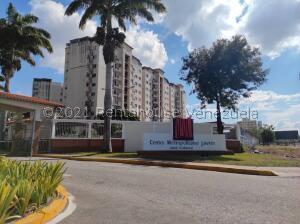 Apartamento En Ventaen Barquisimeto, Parroquia Concepcion, Venezuela, VE RAH: 22-6758