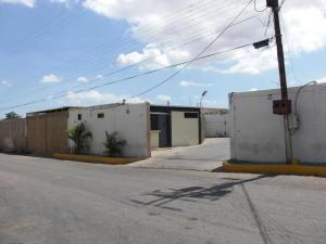 Local Comercial En Ventaen Coro, Centro, Venezuela, VE RAH: 22-6803