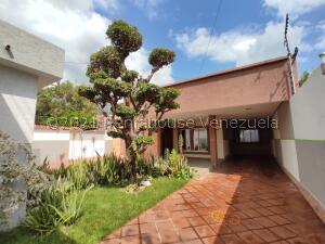 Casa En Ventaen Maracay, El Limon, Venezuela, VE RAH: 22-7441