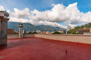 Apartamento En Ventaen Caracas, Los Naranjos De Las Mercedes, Venezuela, VE RAH: 22-6981