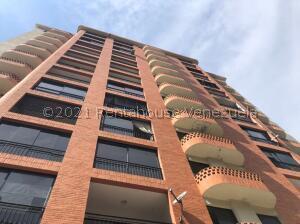 Apartamento En Alquileren Valencia, El Bosque, Venezuela, VE RAH: 22-6896