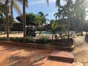Apartamento En Alquileren Ciudad Ojeda, Calle Piar, Venezuela, VE RAH: 22-6899