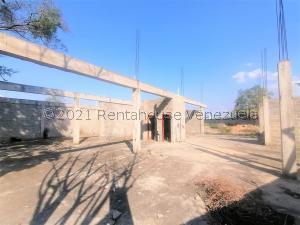 Terreno En Ventaen Cabudare, Parroquia José Gregorio, Venezuela, VE RAH: 22-6902