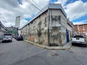 Galpon - Deposito En Ventaen Caracas, Quinta Crespo, Venezuela, VE RAH: 22-7016