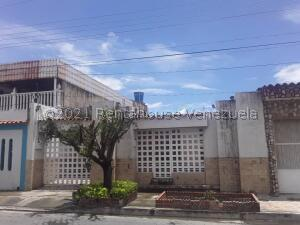 Casa En Ventaen Cagua, La Fundacion, Venezuela, VE RAH: 22-6692