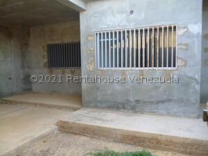Casa En Ventaen Punto Fijo, Guanadito, Venezuela, VE RAH: 22-6942