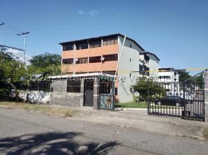 Apartamento En Ventaen Municipio San Diego, Morro Ii, Venezuela, VE RAH: 22-7019