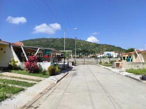 Casa En Ventaen Municipio San Diego, Lomas De La Hacienda, Venezuela, VE RAH: 22-6963