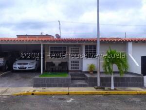 Casa En Ventaen Cabudare, Parroquia José Gregorio, Venezuela, VE RAH: 22-6997