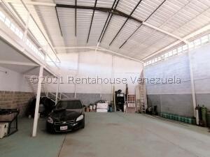 Galpon - Deposito En Ventaen Cabudare, Parroquia José Gregorio, Venezuela, VE RAH: 22-7008