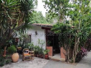 Casa En Ventaen Maracay, Cantarana, Venezuela, VE RAH: 22-7082