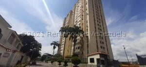 Apartamento En Ventaen Barquisimeto, Club Hipico Las Trinitarias, Venezuela, VE RAH: 22-6264