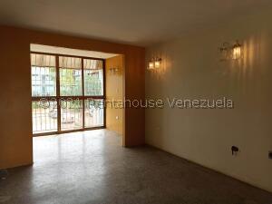 Apartamento En Ventaen Coro, La Velita, Venezuela, VE RAH: 22-7136