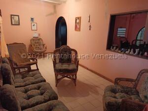 Casa En Ventaen Coro, Centro, Venezuela, VE RAH: 22-7135