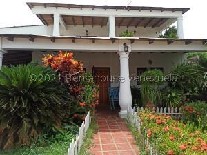 Casa En Ventaen Coro, Centro, Venezuela, VE RAH: 22-7242