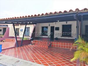 Casa En Ventaen Cabudare, Roca Terra, Venezuela, VE RAH: 22-7152