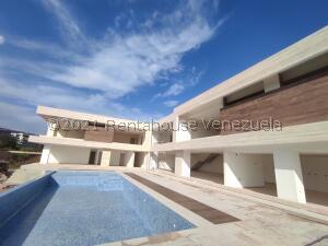 Terreno En Ventaen Valencia, Terrazas Del Country, Venezuela, VE RAH: 22-7141