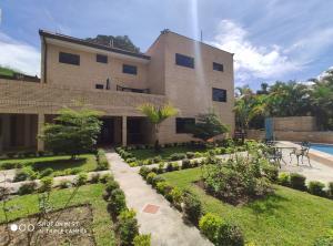 Casa En Ventaen Caracas, Monte Claro, Venezuela, VE RAH: 22-7159