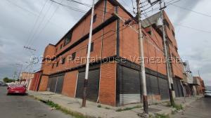 Edificio En Ventaen Barquisimeto, Parroquia Concepcion, Venezuela, VE RAH: 22-7171