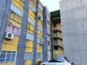 Apartamento En Ventaen Cabudare, La Mora, Venezuela, VE RAH: 22-7185