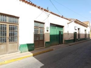 Local Comercial En Ventaen Coro, Centro, Venezuela, VE RAH: 22-7194