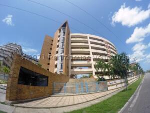 Apartamento En Ventaen Higuerote, Puerto Encantado, Venezuela, VE RAH: 22-7201
