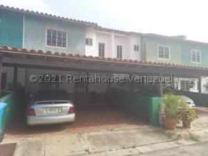 Townhouse En Ventaen Margarita, Avenida Juan Bautista Arismendi, Venezuela, VE RAH: 22-7231
