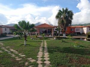 Casa En Ventaen Margarita, Avenida Juan Bautista Arismendi, Venezuela, VE RAH: 22-7221